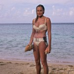 Honey-Ryder–Ursula Anderss-James-Bond-basgann